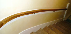 Wreathed handrail section