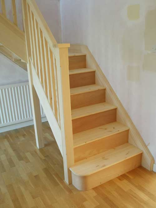 The entry step is a bullnose step